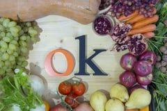perfekt sammansättning för grönsaker för höstsäsong för ðŸ`- att använda som en bakgrund royaltyfri fotografi