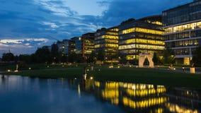 Perfekta moderna kontorsbyggnader Royaltyfri Fotografi