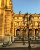Perfektes Licht am Louvre Stockfotografie