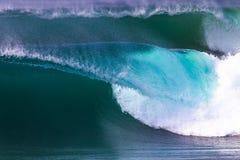 Perfezioni il bianco blu dell'onda Fotografia Stock