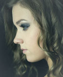 Perfil da jovem mulher Foto de Stock