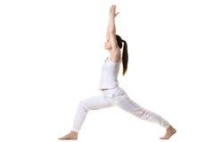 Perfil de la actitud de la yoga del guerrero 1 Fotos de archivo libres de regalías