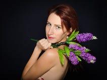 Perfil de la mujer joven hermosa Imagen de archivo