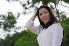 Perfil de una mujer asiática joven Fotos de archivo libres de regalías