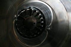 Perfil do motor de turbina Tecnologias de aviação Detalhe do motor de jato dos aviões na exposição Fotografia de Stock Royalty Free