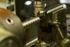 Perforación y el moler del CNC Imágenes de archivo libres de regalías