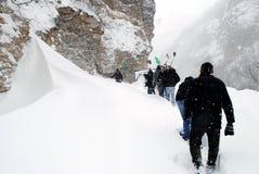 Perforando attraverso l'alta neve carica, Restelica il Kosovo Immagine Stock Libera da Diritti