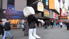 Performance Sculptor Matthias Alfen in Times Square stock video