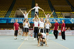 Performance of teenagers cheerleaders team Royalty Free Stock Image