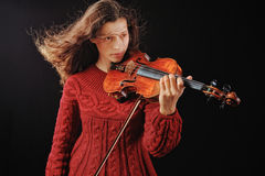 Performs on the violin Royalty Free Stock Images