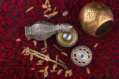 Perfume árabe artístico oriental de plata de Oud imagen de archivo libre de regalías