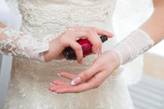 Perfume de la boda Fotos de archivo
