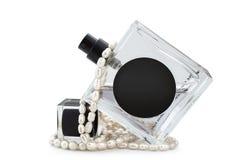 Perfume e pérolas Fotos de Stock
