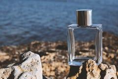 Perfume en el fondo del mar fotos de archivo libres de regalías