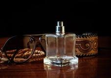 Perfume y accesorios Fotos de archivo libres de regalías