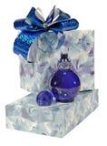 Perfume y regalo fotografía de archivo libre de regalías