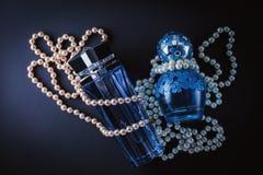 Perfumería, cosméticos, colección de la fragancia fotografía de archivo