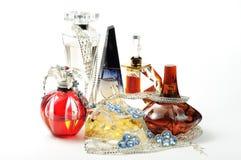 Perfumes y joyería Foto de archivo