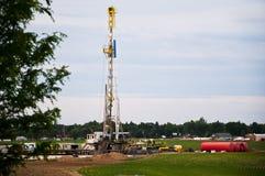 Perfuração da plataforma petrolífera em Colorado oriental, EUA Fotografia de Stock Royalty Free