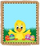 Pergamena con il pollo e le uova di Pasqua Immagini Stock Libere da Diritti