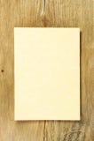Pergament auf Holz Stockbilder