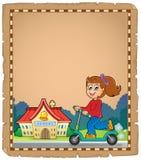 Pergament mit Mädchen nahe Schule Lizenzfreies Stockfoto
