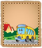 Pergament mit Schulbus 2 Stockfotografie