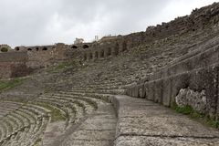Pergamon Acient miasta akropolu Dziejowy amfiteatr obraz stock
