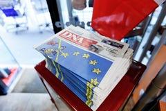 Periódico de la DNA Alsacia con el título impactante sobre brexit Foto de archivo libre de regalías