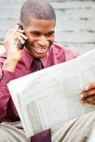 Periódico de la lectura del hombre de negocios Imagen de archivo