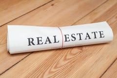 periódico de las propiedades inmobiliarias Fotografía de archivo