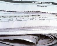 Periódico - qué se ofrece adentro Imagen de archivo