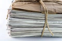 Periódicos atados con guita Foto de archivo