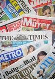 Periódicos británicos imagen de archivo