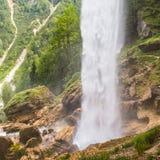 Pericnik vattenfall i den Triglav nationalparken, Julian Alps, Slovenien Arkivfoto
