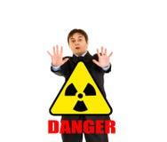 Perigo da radiação! Retrato do homem de negócios scared foto de stock royalty free