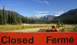 Perigo nas montanhas rochosas Foto de Stock