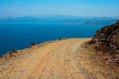 Perigoso gire sobre a estrada para Gramvousa na Creta Fotografia de Stock Royalty Free