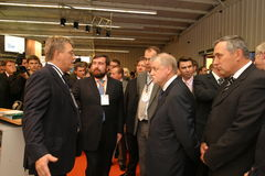 Periodistas de Irkutsk del gobernador del foro de los hombres de negocios mínimos Foto de archivo libre de regalías