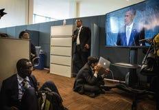 Periodistas en los pasillos de la O.N.U Imagen de archivo