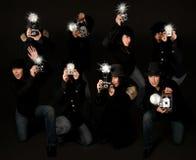 Periodistas fotográficos retros de los paparazzis del estilo Fotografía de archivo libre de regalías