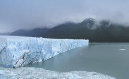 perito för glaciärmoreno patagonia arenaceous härligt dimensionellt diagram illustration södra tre för 3d Amerika mycket royaltyfri bild