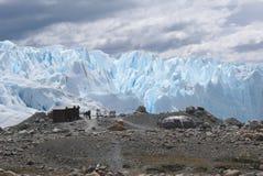 Perito Moreno del en de la base de Campamento Fotos de archivo