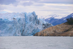 Perito Moreno et terre, Patagonia Photo stock