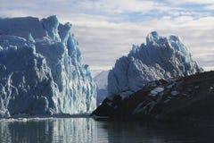 Perito Moreno Glacier en la Patagonia, parque nacional del Los Glaciares, la Argentina Foto de archivo