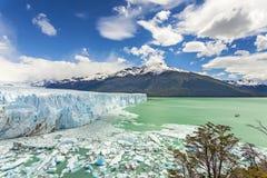 Perito Moreno Glacier en parc national de visibilité directe Glaciares, argenté Images stock
