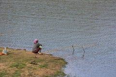 PERIYAR野生生物SANCTUARRY, INDIA-FEBRUARY 20 :Fisheman 20, 201 库存照片