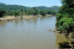Periyar znaczenie: duża rzeka długa rzeka i rzeka z wielkim rozładowanie potencjałem w Indiańskim stanie Kerala, obrazy royalty free