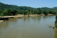 Periyar znaczenie: duża rzeka długa rzeka i rzeka z wielkim rozładowanie potencjałem w Indiańskim stanie Kerala, obraz royalty free