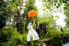 Perky bride and groom Stock Photography
